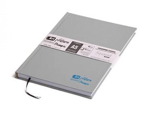 """Cuaderno tapa dura """"Línea Pampa"""" – Cuadriculado de 90 grs."""